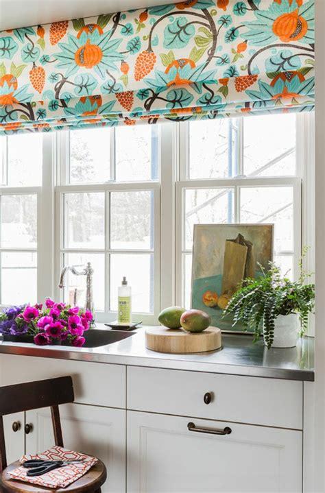 rideaux fenetres cuisine rideaux cuisine grande fenetre idées de décoration et de