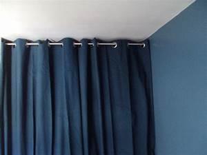 Rideau De Placard : barre a rideaux pour dressing ~ Teatrodelosmanantiales.com Idées de Décoration
