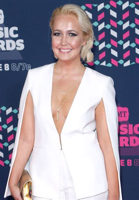 meghan linsey meghan linsey opens up about brown recluse bite that left a hole in