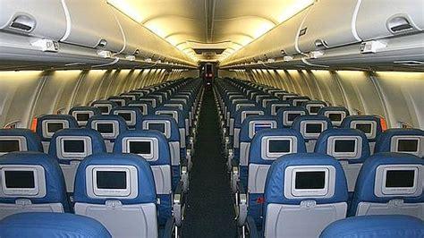 photo interieur avion ryanair boeing 737