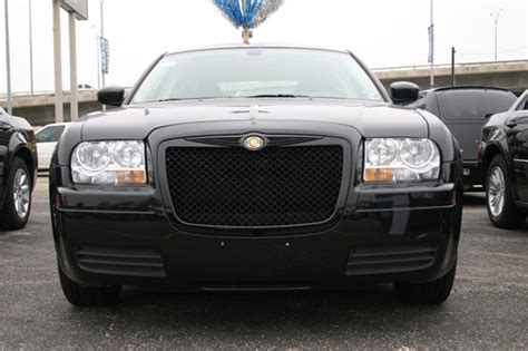 Chrysler 300 Grill by Chrysler 300 Black Bentley Mesh Grille