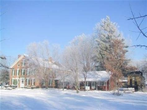 Iowa House Hotel - house inn and caboose cottage prices b b reviews
