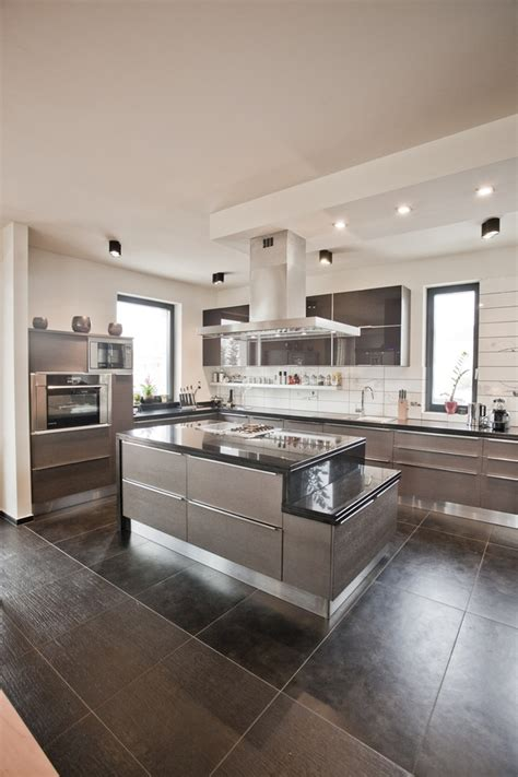 grey black kitchen gray black kitchen island interior design ideas 610   Gray black kitchen island