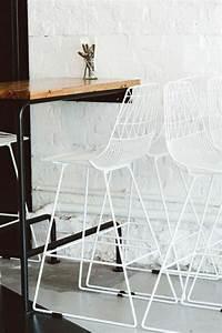Table Haute Bois Metal : la table haute de cuisine est ce qu elle est confortable ~ Teatrodelosmanantiales.com Idées de Décoration
