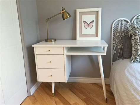 bureau a peindre comment peindre un meuble déconome