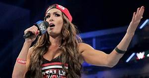 the 10 highest paid divas active and retired