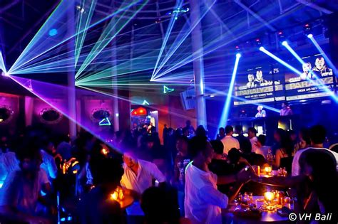 Best Places To Go At Night In Kuta