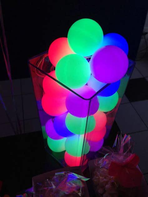 awesome neon glow   dark party ideas