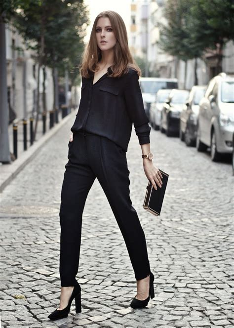 How To Rock An All Black Outfit Stylishly   Aelida