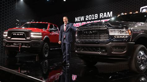 Motor Show 2019 :  The Hottest New Cars And Trucks