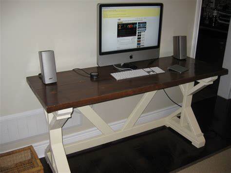 ana white fancy  desk diy projects
