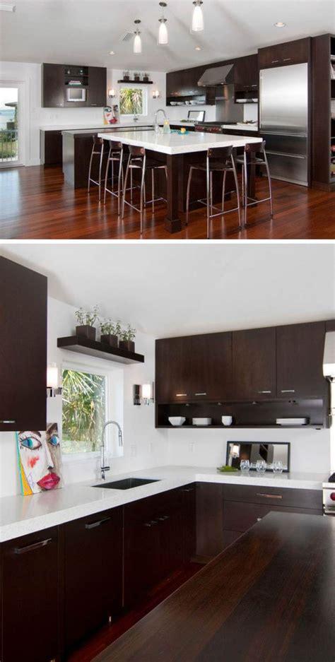 cuisine plan de travail en bois image de cuisine en bois sombre avec plan de travail blanc