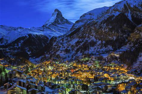 Hd Wallpaper Northern Lights Luxury Chalets In Zermatt Alpine Guru