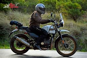 Review: 2017 Royal Enfield Himalayan - Bike Review