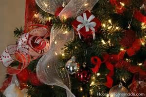 Pre Lit Christmas Tree Walmart by Magical Scandinavian Christmas Tree Diy Ornaments