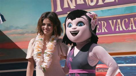 How Selena Gomez Says She's a Good Judge of Character in ...