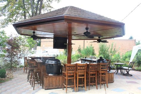 splashy kamado joe in patio traditional with outdoor