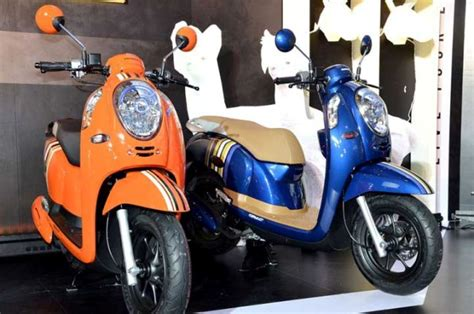 Motor Scoopy Terbaru 2016 by Search Results For Motor Vario 150 New Calendar 2015