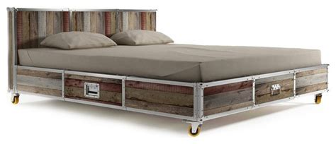 Industrial Loft Industrial-platform-beds