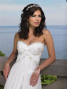 looking sexy and fantastic with strapless beach wedding With strapless beach wedding dresses
