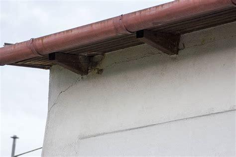 Risse Im Dachbalken by Risse Im Mauerwerk Schlieen Trendy In Der Fuge With Risse