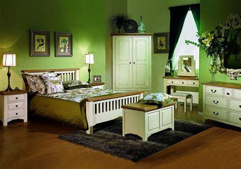 Green Bedrooms : 10 Gorgeous Green Bedroom Interior Design Ideas