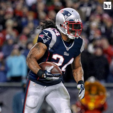 marshawn lynch reportedly interested  joining patriots