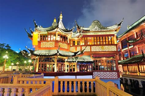 12 Top Tourist Attractions In Shanghai & Easy Day Trips