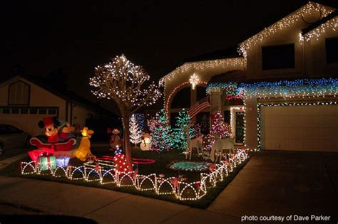 outdoor christmas light decorating ideas  brighten