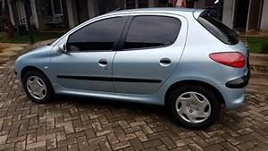 Dijual Mobil Peugeot 206 Tahun 2001