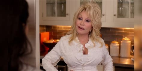 Dolly Parton to star in 'A Holly Dolly Christmas' special ...
