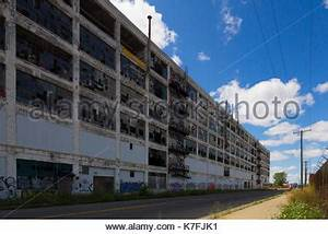 Detroit, Michigan - The long-abandoned Packard plant Stock ...