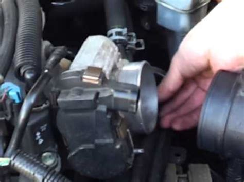 throttle body cleaning  chevy impala youtube