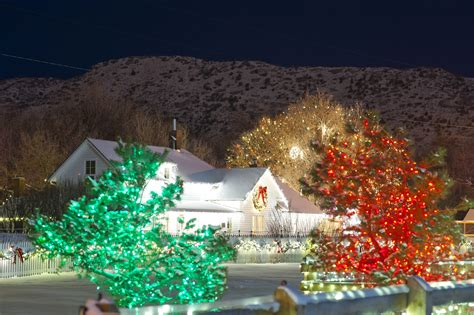chance to win tickets trail of lights denver botanic