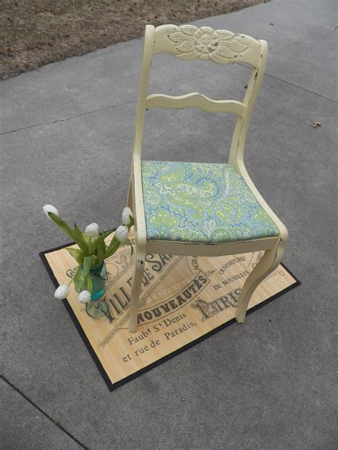 restoring furniture shabby chic shabby chic duncan phyfe chair 65 00 via smalltowngirlgladys etsy what a gorgeous chair the