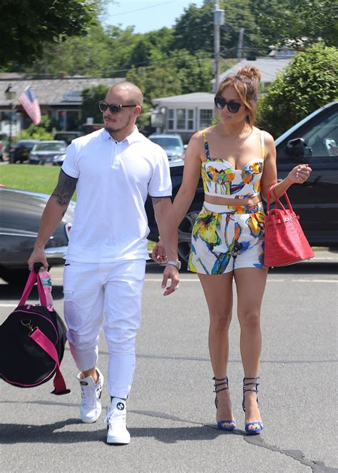 jennifer lopez  family  sag harbor  private yacht utopia  ny july