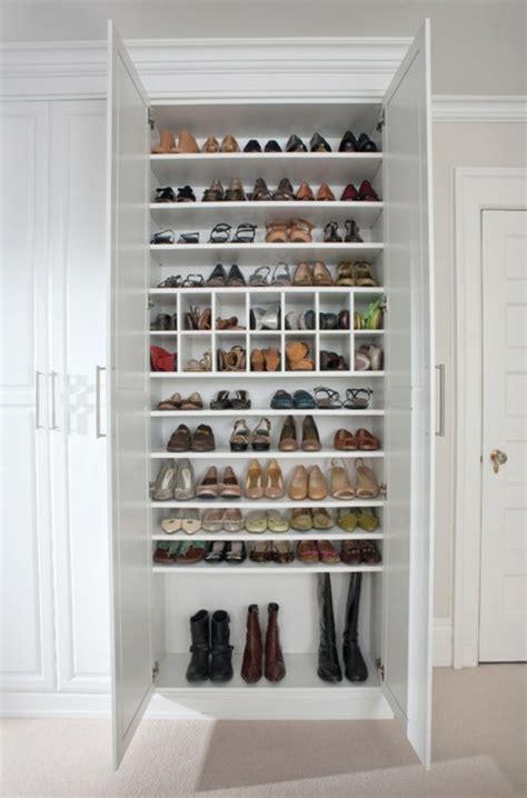 rangement chaussures id 233 es pour armoire et dressing