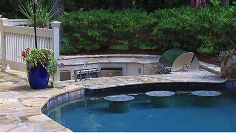 swimming pool  spa  water features  swim  bar