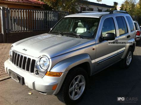 jeep limited 2006 2006 jeep cherokee 2 8 crd limited auto car photo and specs