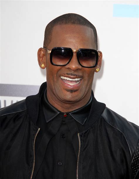 R Kelly Mocks His Own Transgender Child Don't Call Her