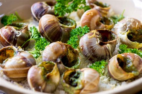 escargots à la bourguignonne recipe epicurious com