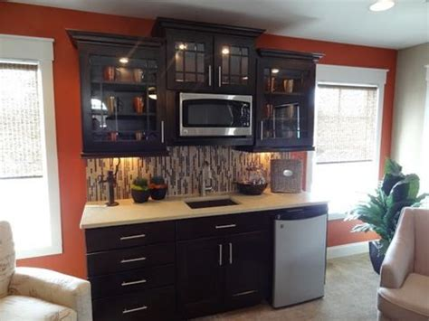 extend kitchen cabinets best 25 basement kitchenette ideas on small 3633