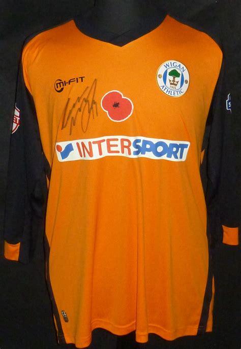 Wigan Athletic Goalkeeper football shirt 2014 - 2015 ...