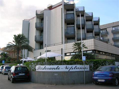 hotel nettuno hotel neptunus itana