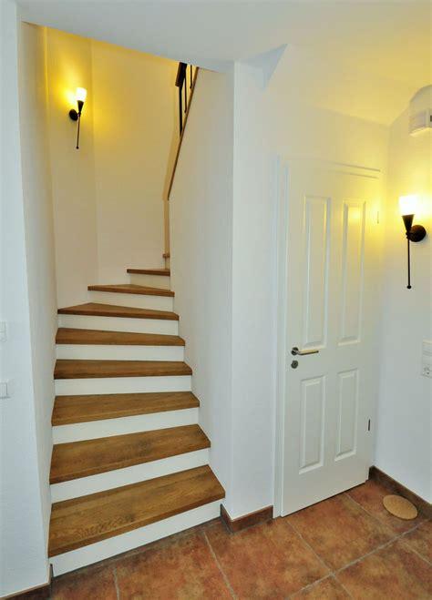 Grundriss Mit Treppe In Der Mitte by Betontreppe Mit Holz 15 1 Large House Design Treppe