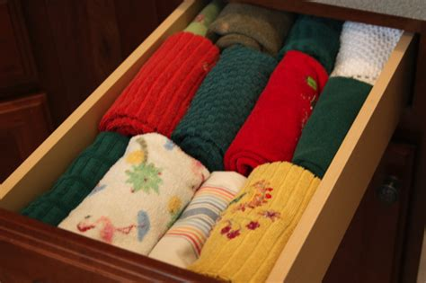 Organizing Kitchen Towels  The Happy Housewife™ Home