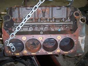 61 Chris Craft 283 Engine Block With Pistons Cam And Crank