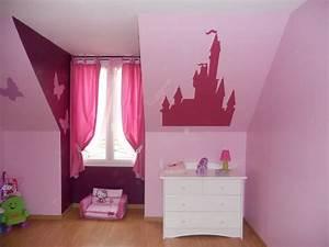 Deco Chambre Fille Princesse : chambre de princesse photo 2 3 chambre fille ~ Teatrodelosmanantiales.com Idées de Décoration
