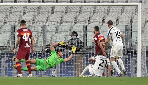 GOOGOOSKA & SAWIRRADA: Juventus vs AS Roma 1-3, Atalanta ...