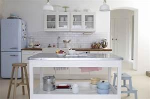 Petite cuisine avec ilot central ou bar 24 idees d for Petite cuisine équipée avec meuble de salle a manger blanc
